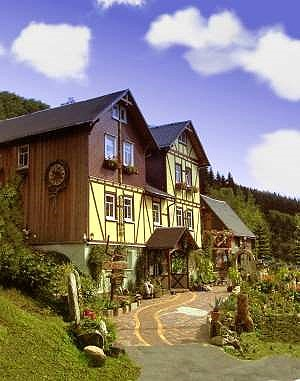 Ferienwohnungen Haus Rennsteigrose Limbach