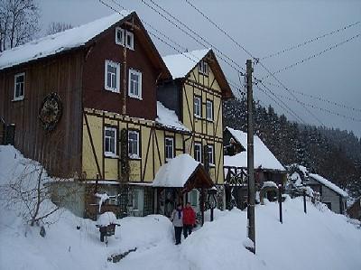 Ferienwohnungen-Haus-Rennsteigrose-Limbach-Winter